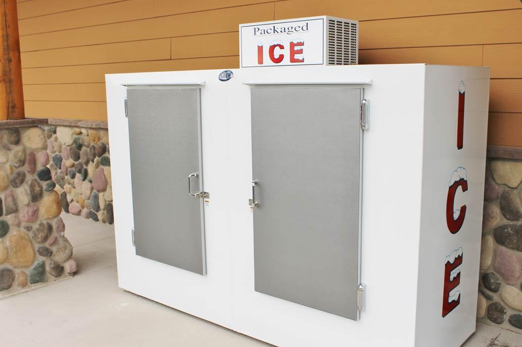 outdoor ice merchandisers